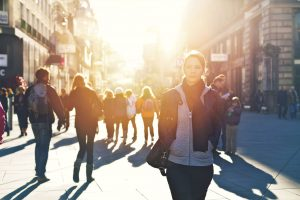Kundenbindung durch HieroCity. Dein Erlebnis-Assistent. Die City App für Stadterlebnis Stadtmarketing Einzelhandel Gamification Events und Smart Shopping. Belebend durch den Shared Activity Builder (KI)
